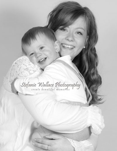 North Devon Photographer Mother Son Family Happy Moments Monochrom Cuddles Snuggles Stefanie Wallace Photography
